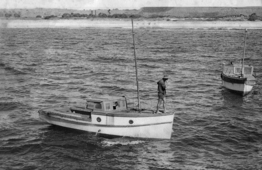 The fishing boats were mostly small one man craft. EJW Photo – RTRL